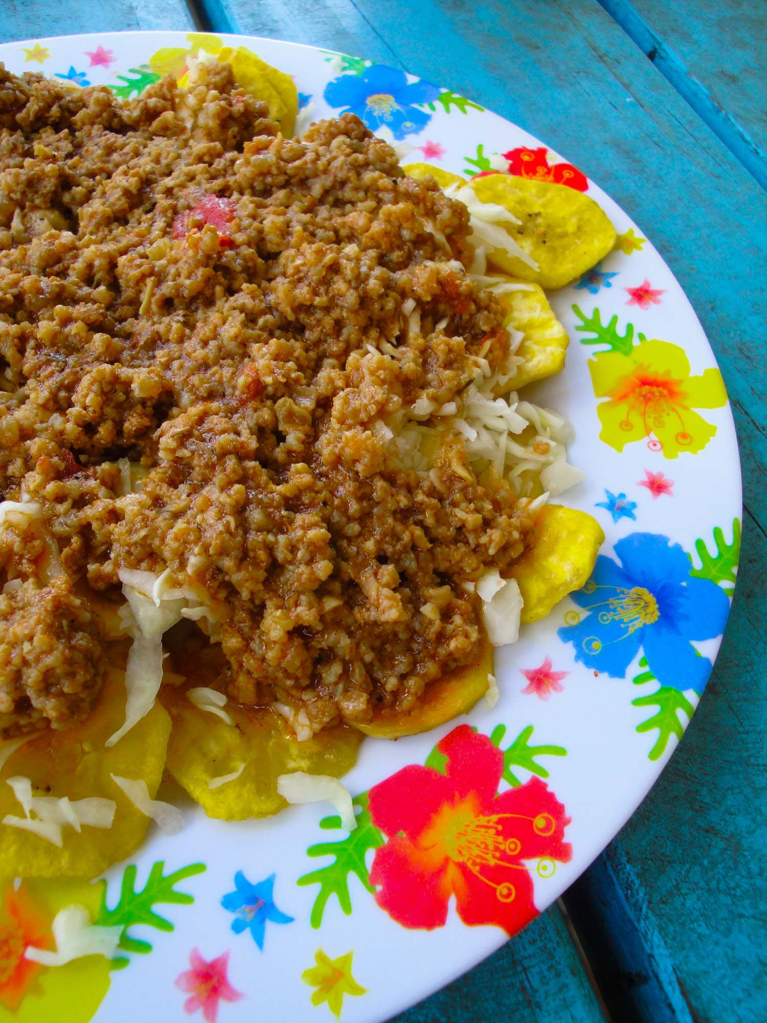 Tajadas are typical Honduran cuisine and one of the many dishes you must try in Honduras.