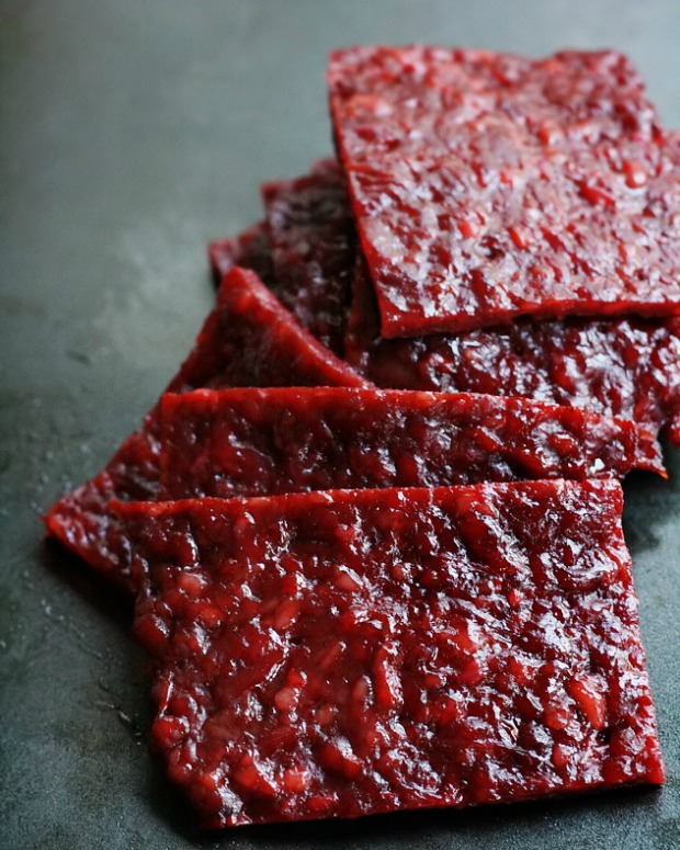 Bak kwa means barbecued pork but is more like a jerky that is sold during Chinese New Year.