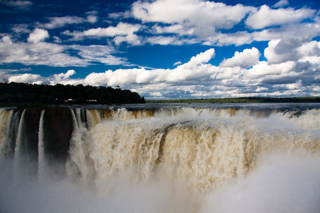 Iguazu devils mouth 2