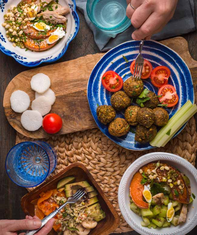 Traditional Jordanian food you need to eat on your next visit to Jordan. Don't miss this food in Jordan.