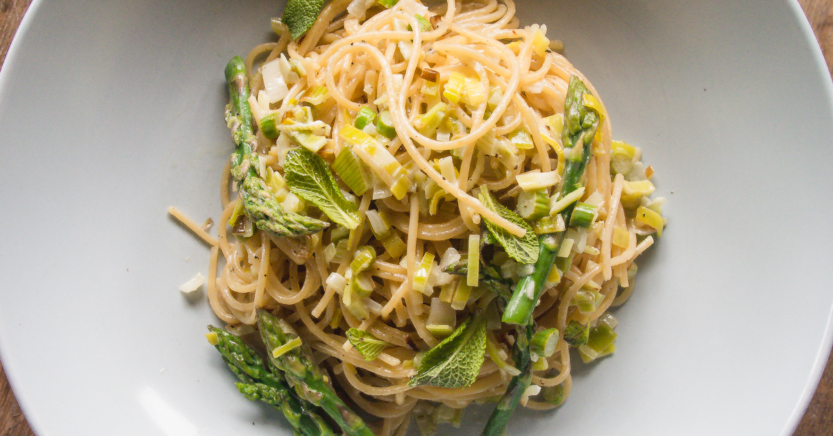 Easy Asparagus Pasta - French Bistro in Ten Minutes