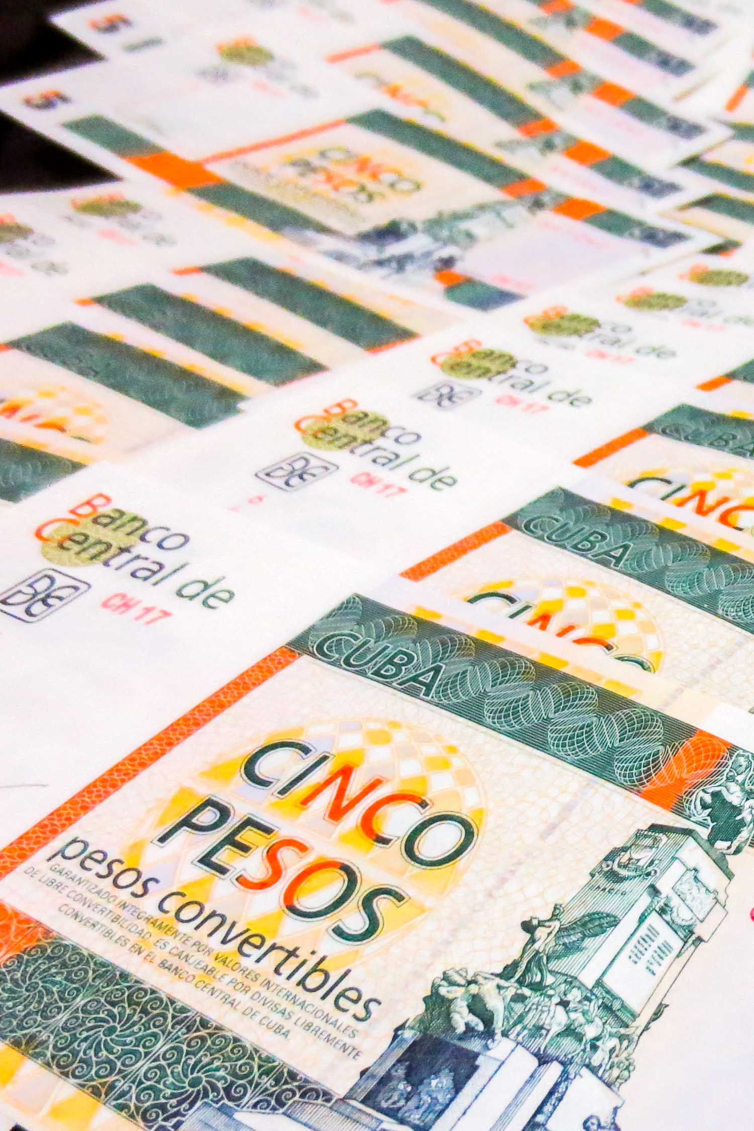 Cuban currency isn't so complicated, here are answers to the 10 most common Cuban money questions.