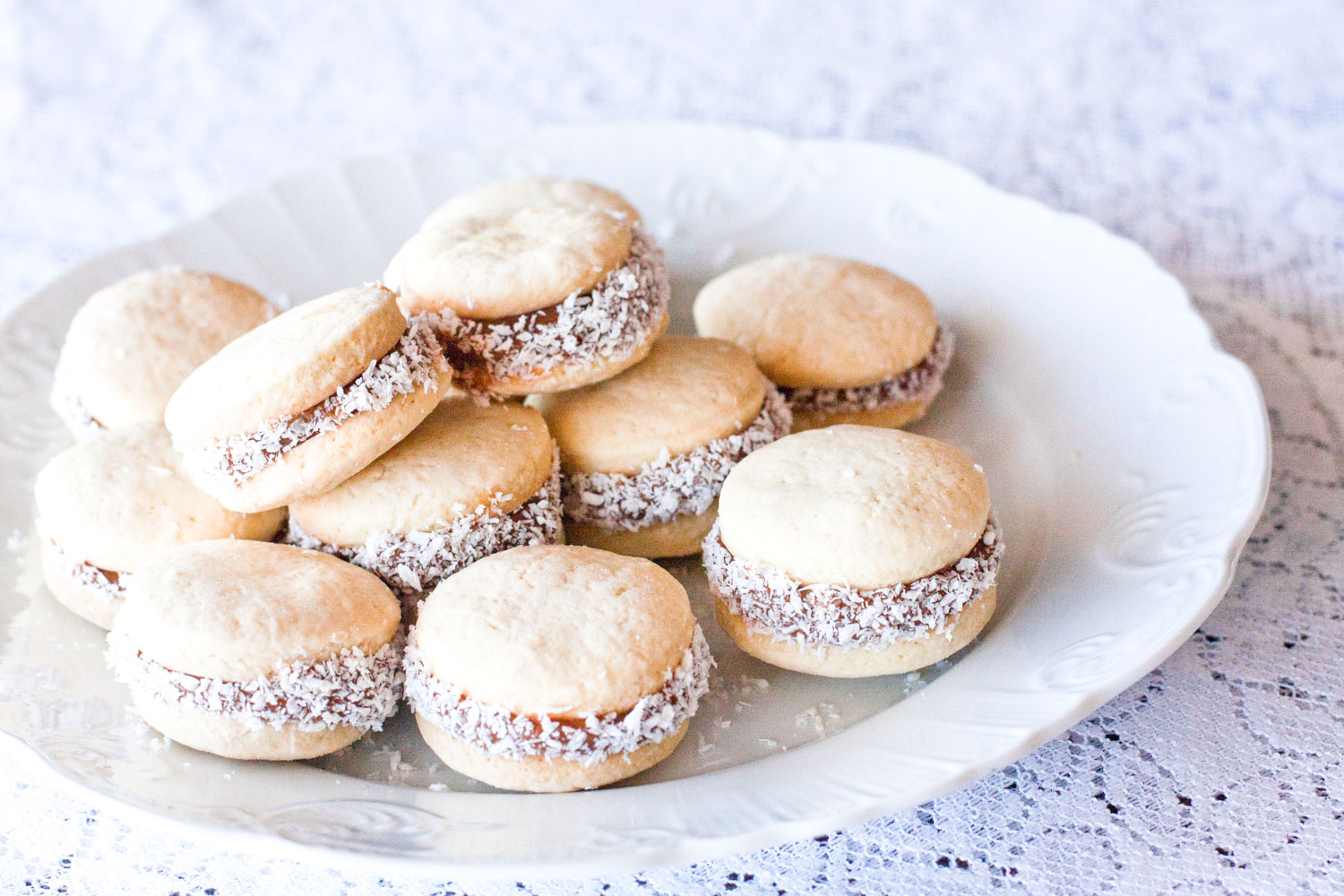 Alfajor cookie is a Chilean corn pie and just one of 30 Chilean food that you'll adore.