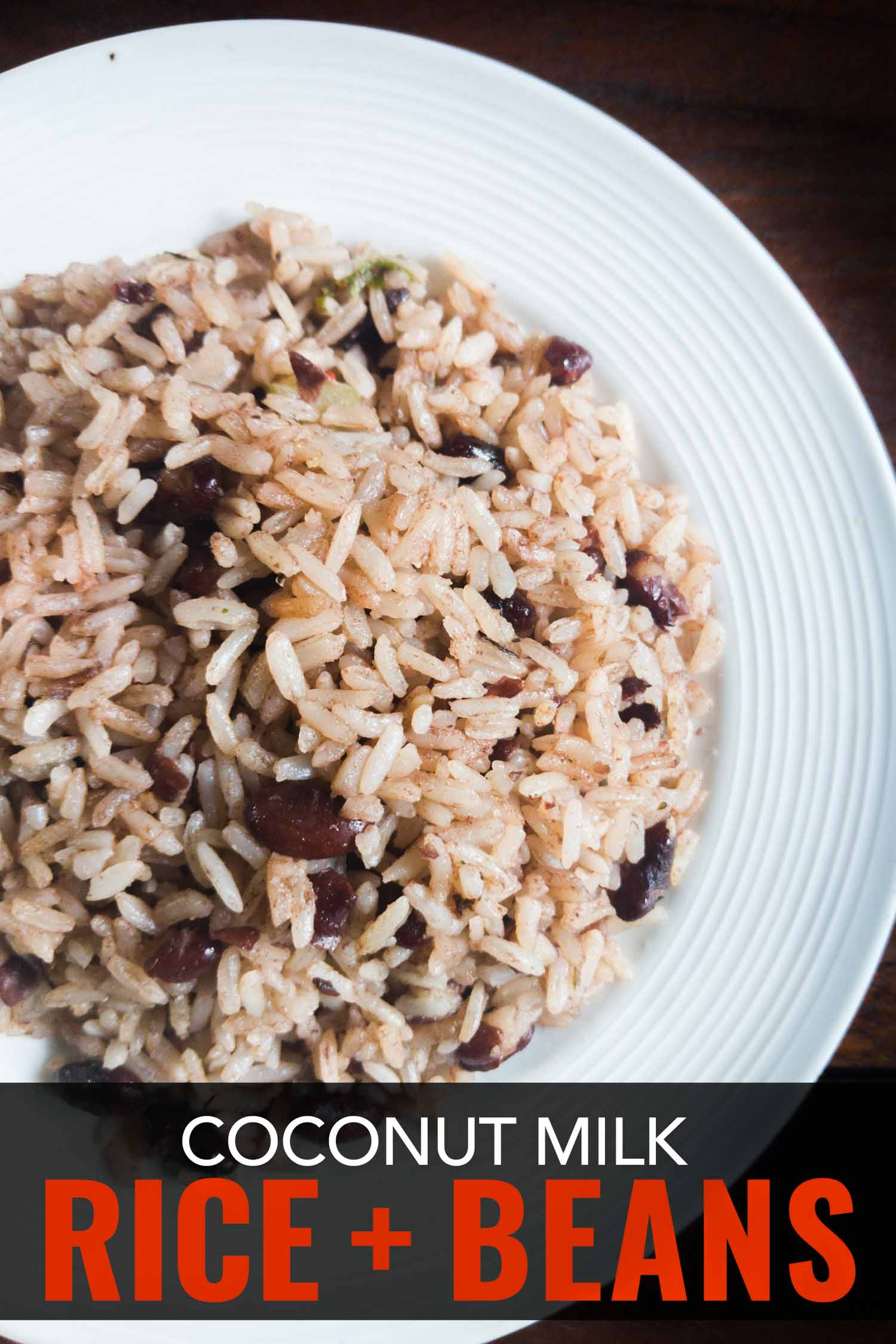 Easy Costa Rican beans and rice recipe with coconut milk from southern Costa Rica. #Vegan #vegetarian