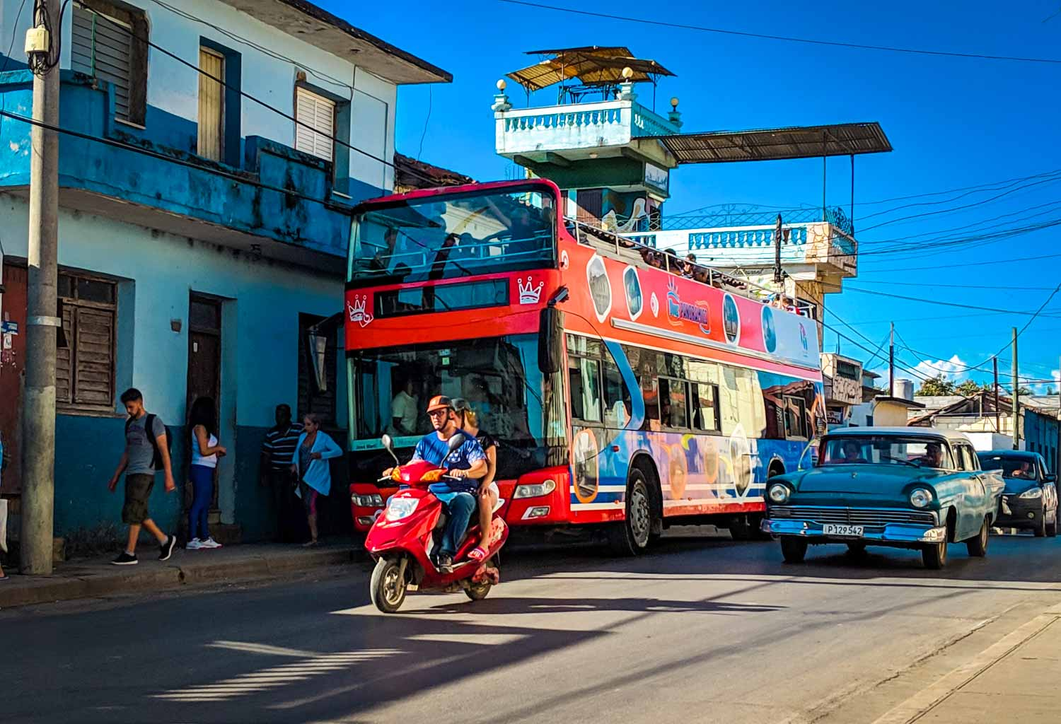hop on hop off bus Santa Clara Cuba