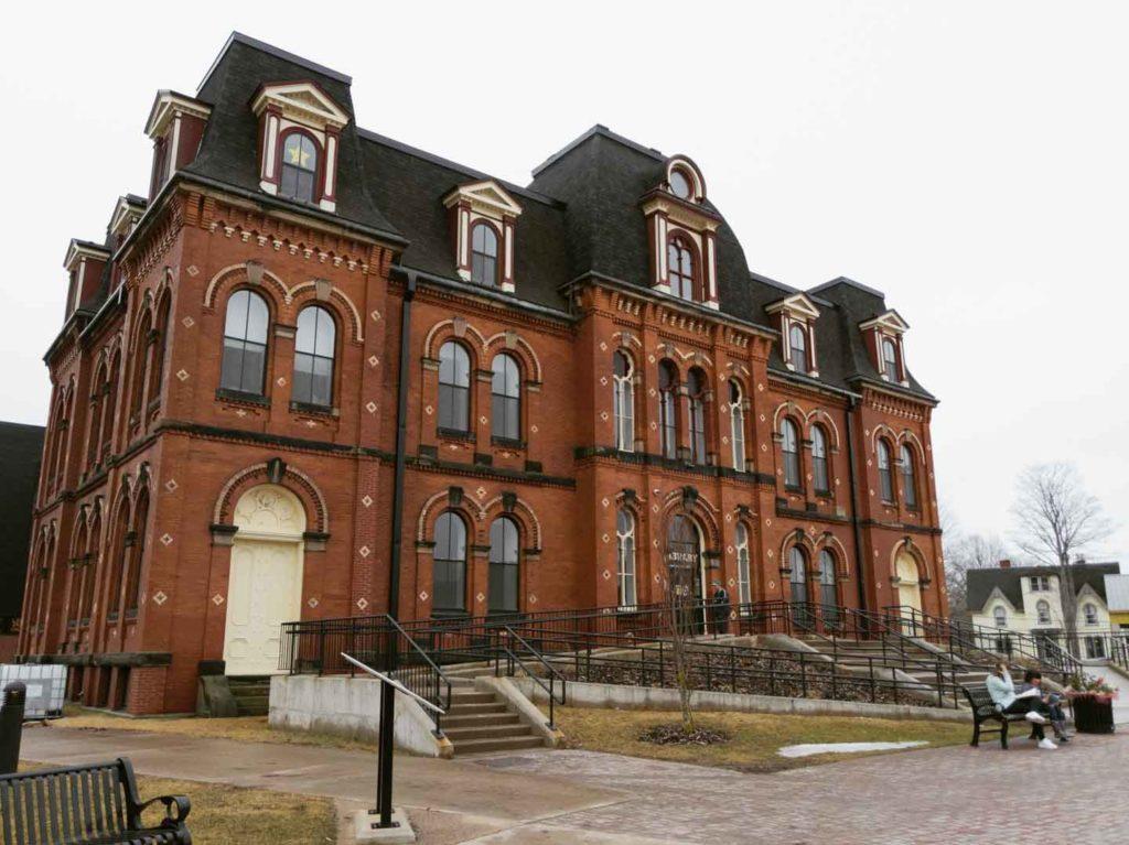 Truro Nova Scotia Public Library Exterior